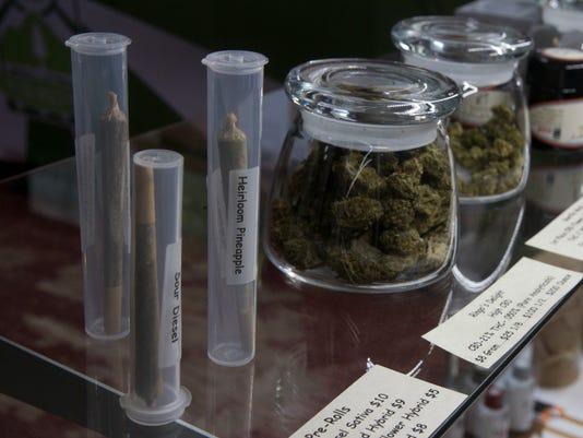 636294232892474386-Medical-marijuana.jpg