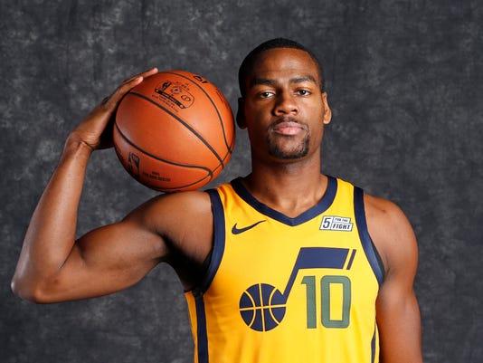 info for 30f50 cd3ed Cavaliers trade Kyle Korver to Jazz for picks, Burks