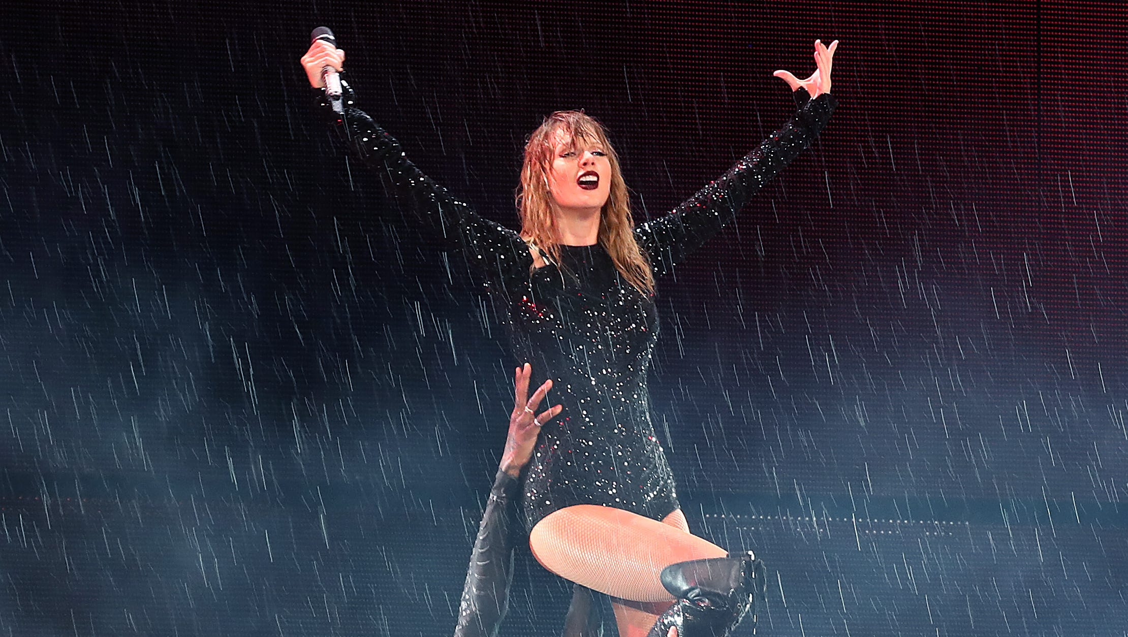 Taylor Swift Opens Up About Her Reputation In New Netflix Special