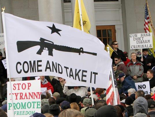 AP GUN RALLIES A USA NH