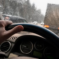 The 5 worst driving behaviors you'll encounter in the winter