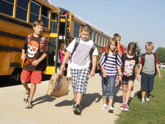 636531049521822158-schools-bus.jpg