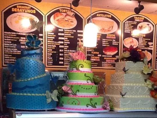 Cristal's Bakery & Comida Mexicana