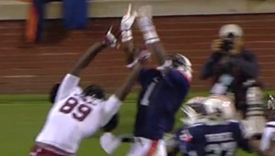 Auburn should've received a five-yard penalty for D'haquille Williams being on the field at the same time as Montravius Adams, both wear No. 1.
