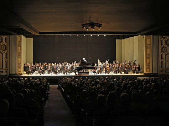 Patrons fill the theater during the Cincinnati Symphony