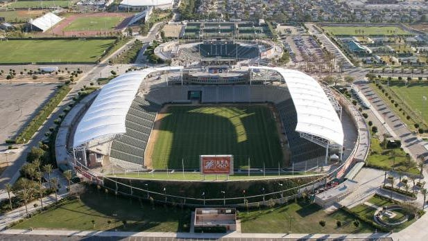 Carson, UNITED STATES:  An aerial view of the Home Depot Center in Carson, California, 16 January 2007.  The Home Depot Center is the home pitch of the MLS soccer team the Los Angeles Galaxy, for whom British soccer star David Beckham will begin playing this summer.   AFP PHOTO / ROBYN BECK  (Photo credit should read ROBYN BECK/AFP/Getty Images)