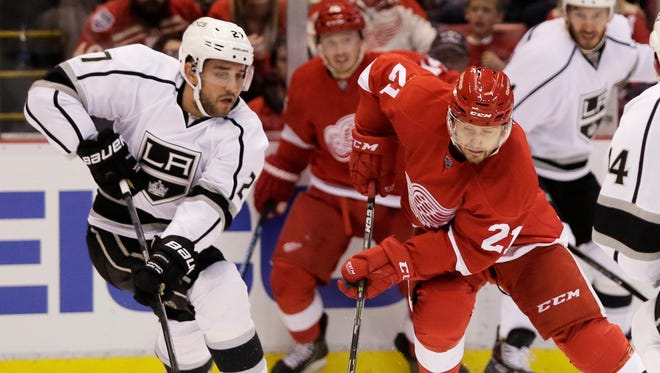 Detroit Red Wings forward Tomas Tatar (21) plays against the Los Angeles Kings on Oct. 31, 2014.
