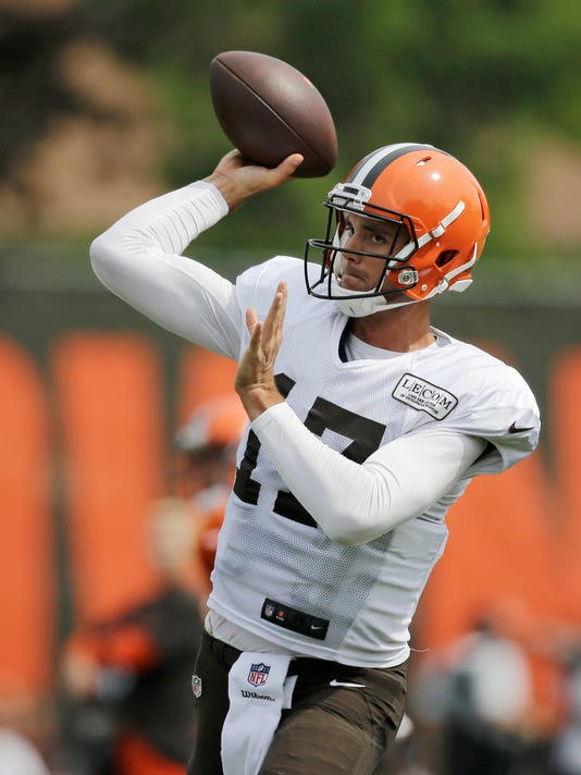 Cleveland Browns quarterback Brock Osweiler throws during practice at the NFL football team's training camp facility, Monday, Aug. 7, 2017, in Berea, Ohio. (AP Photo/Tony Dejak)