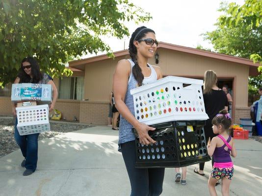 070216 LC Moms School Supplies 4