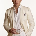 Rapper Pitbull will co-headline a show Sunday night with Enrique Iglesias at the Palace.