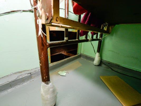 AP ESCAPED PRISONERS A FILE USA NY