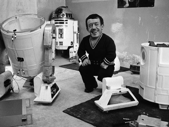 The dwarf and the droid: Kenny Baker was the performer inside R2-D2.