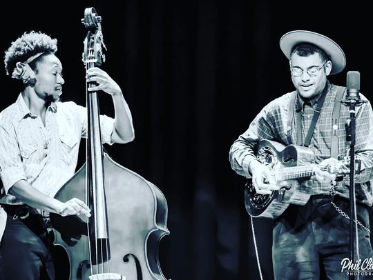 The Dom Flemons Duo visits FlynnSpace on Wednesday.