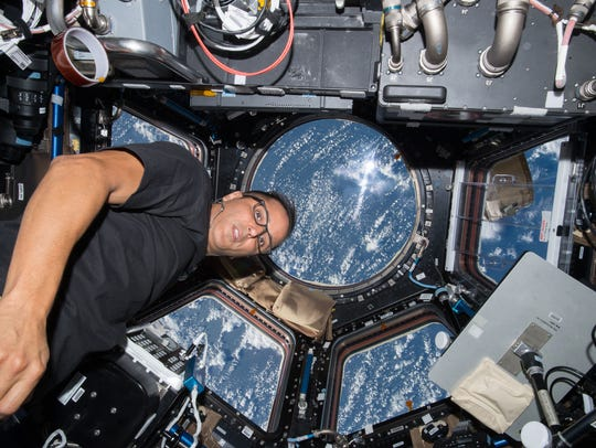 On Sept. 21, 2017, NASA astronaut Joe Acaba worked