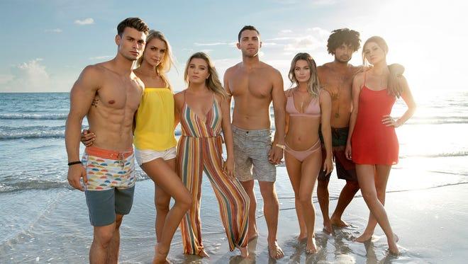 (Left to right:) Garrett, Kelsey, Chloe, Alex, Juliette, Brandon, Madisson on 'Siesta Key.'