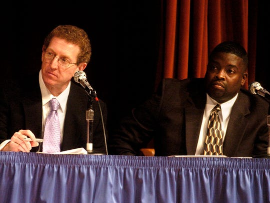 Craig Durrett listens to Shreveport mayoral candidates at a LSUS forum in this photograph from 2006.