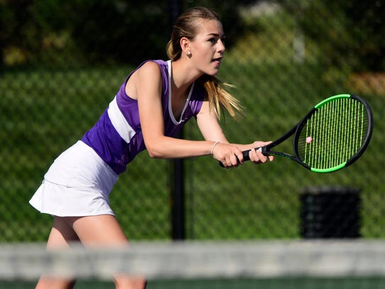 Berlin Swaisgood earned the decisive win at No. 3 singles