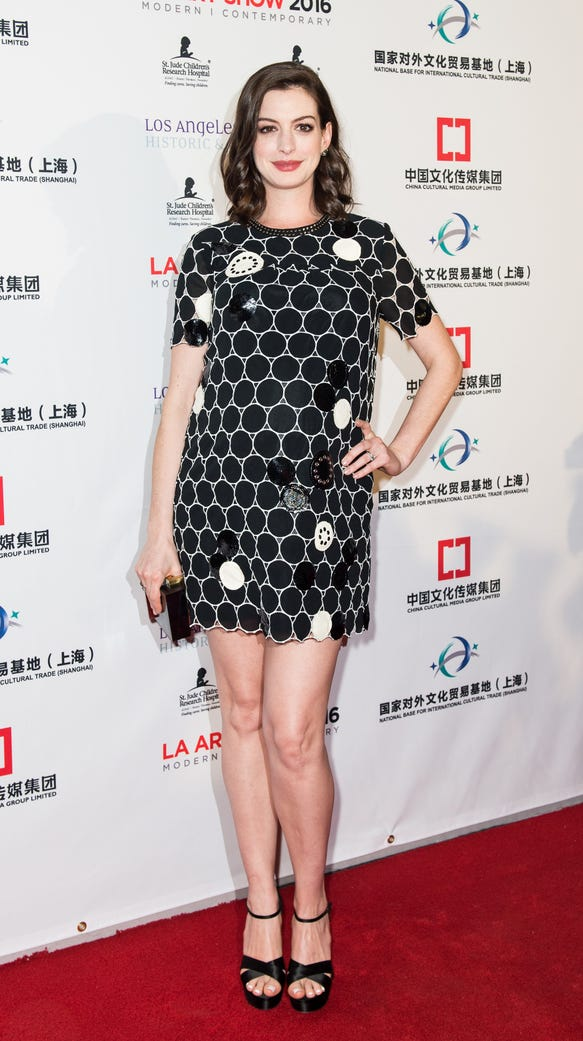 Anne Hathaway arrives at the LA Art Show and Los Angeles