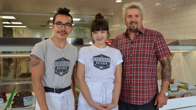 "Kale Walch, left, and sister Aubry Walch filmed with Guy Fieri, the host of ""Diners, Drive-Ins and Dives."""