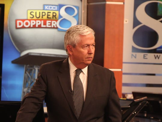 Longtime KCCI news anchorman Kevin Cooney will retire May 24.