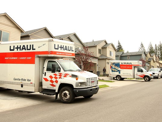 Affordable-Housing-Moving-Day-04.JPG