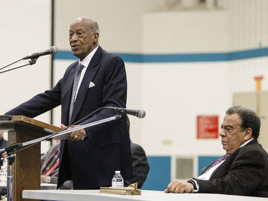 Robert L. Green speaks to inmates at the G. Robert