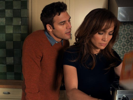 When student Noah Sandborn (Ryan Guzman) and teacher Claire Peterson (Jennifer Lopez) hook up, it turns out badly.