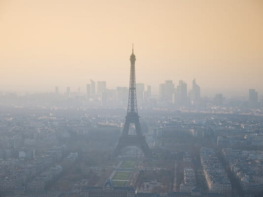 Smog. Eiffel Tower. Paris.