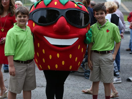 1 The Berry Crew Sawyer Hunley and Mills Terry escort The Berry MascotJPG