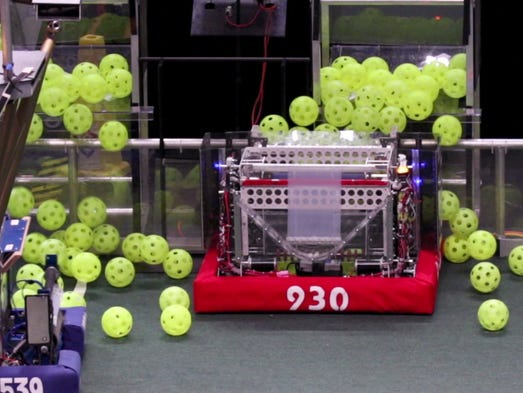 The Mukwonago BEARs robot collects fuel cells during