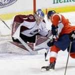 Panthers rout Avalanche behind rookie Harper's two goals