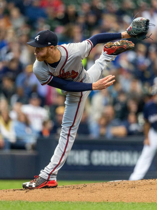 Atlanta Braves' Mike Foltynewicz pitches to a Milwaukee Brewers batter during the first inning of a baseball game Sunday, April 30, 2017, in Milwaukee. (AP Photo/Tom Lynn)