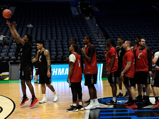 The Cincinnati Bearcats enjoy a game of Knockout during