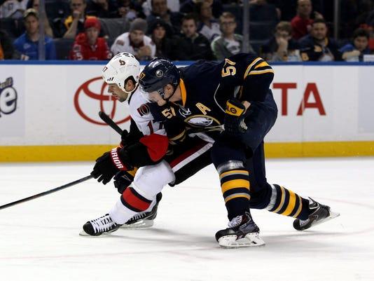USP NHL: OTTAWA SENATORS AT BUFFALO SABRES S HKN USA NY