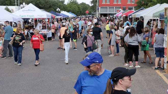 The Canyon Farmers' Market will host its first 2021 market of the season Saturday morning on the town square in Canyon.
