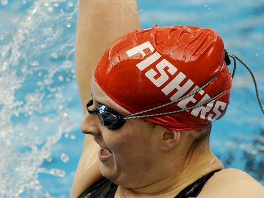 -girlsswimming21.jpg20140208.jpg