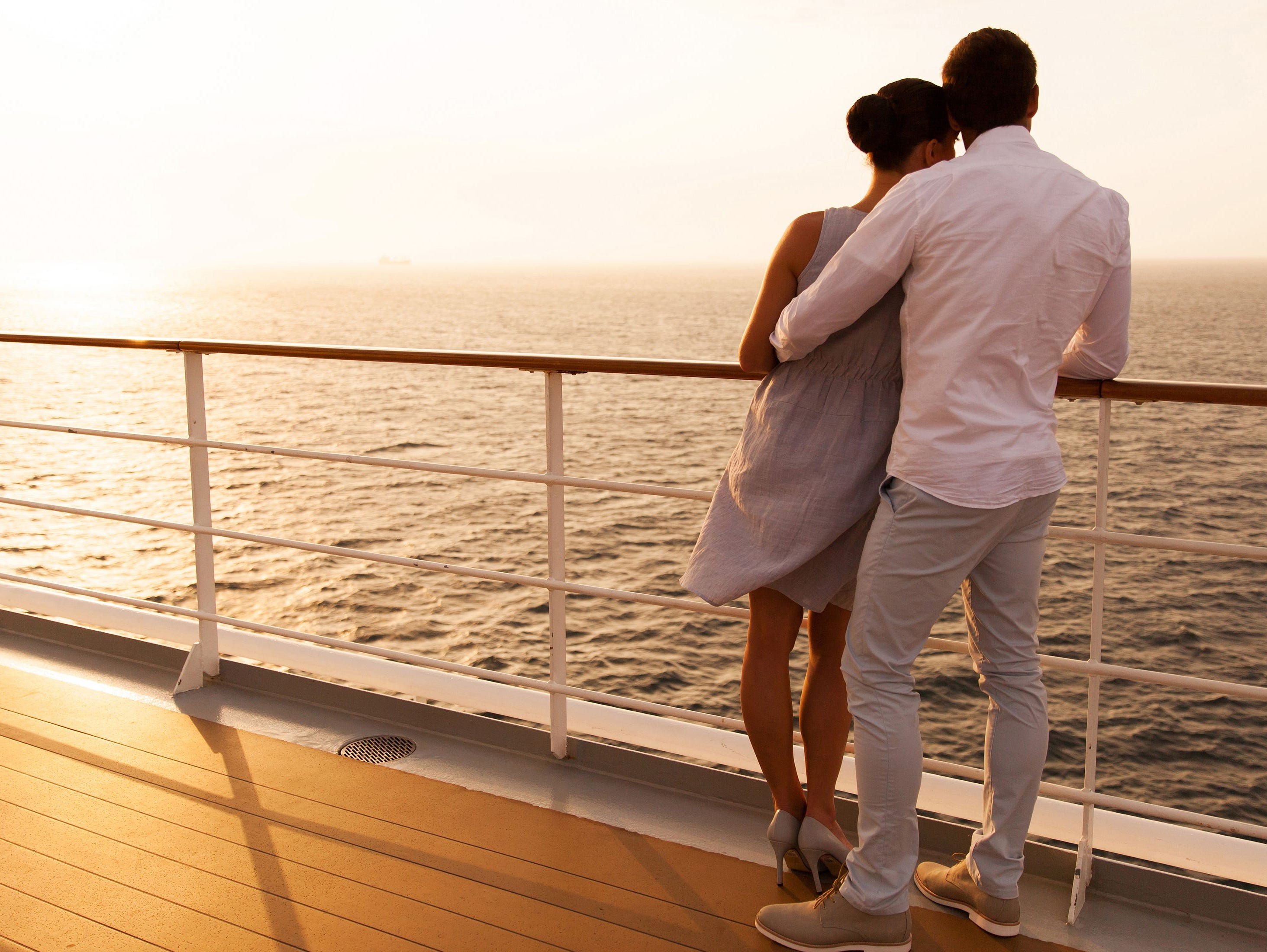 Enter hourly for a chance to win a $2000 gift certificate on a major cruise line! Enter 7/13-8/10.