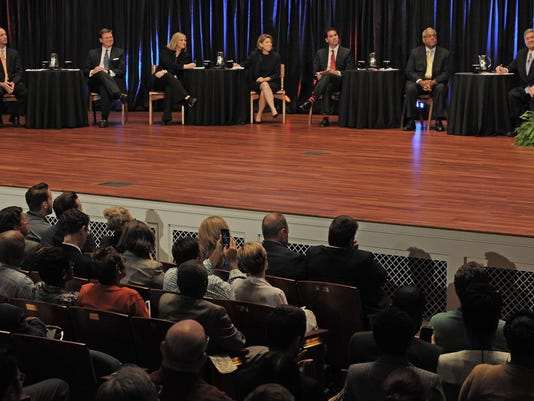 NASBrd_06-19-2015_Tennessean_1_A008--2015-06-18-IMG_NAS-Mayoral_Townhall_2_1