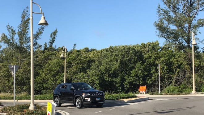 Light poles for the proposed project along State Road A1A on Hutchinson Island will be very similar to the ones installed at the A1A-Jensen Beach Boulevard roundabout.