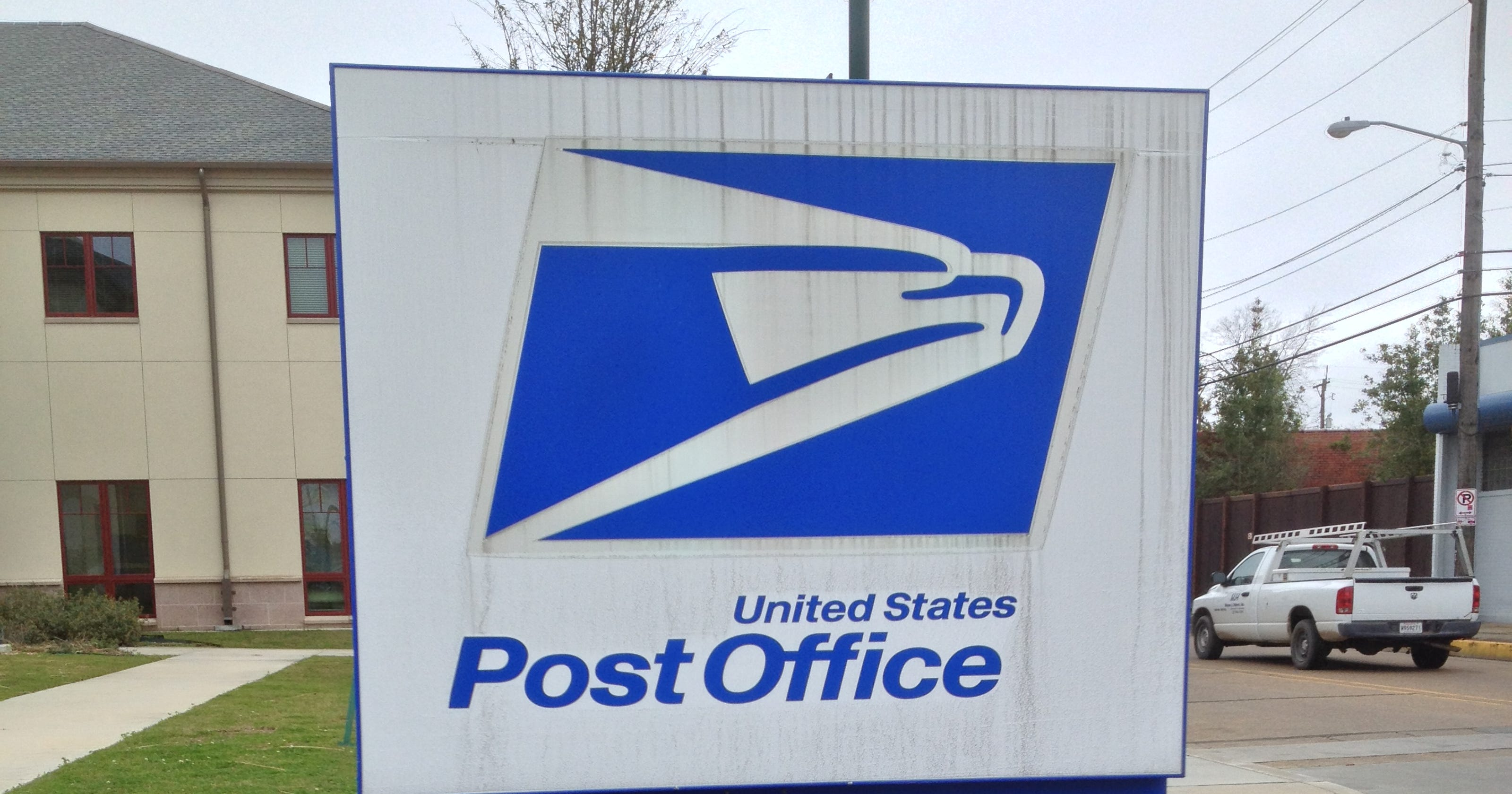 Ex-postal Worker Admits He Burned 20 Tubs Of Mail