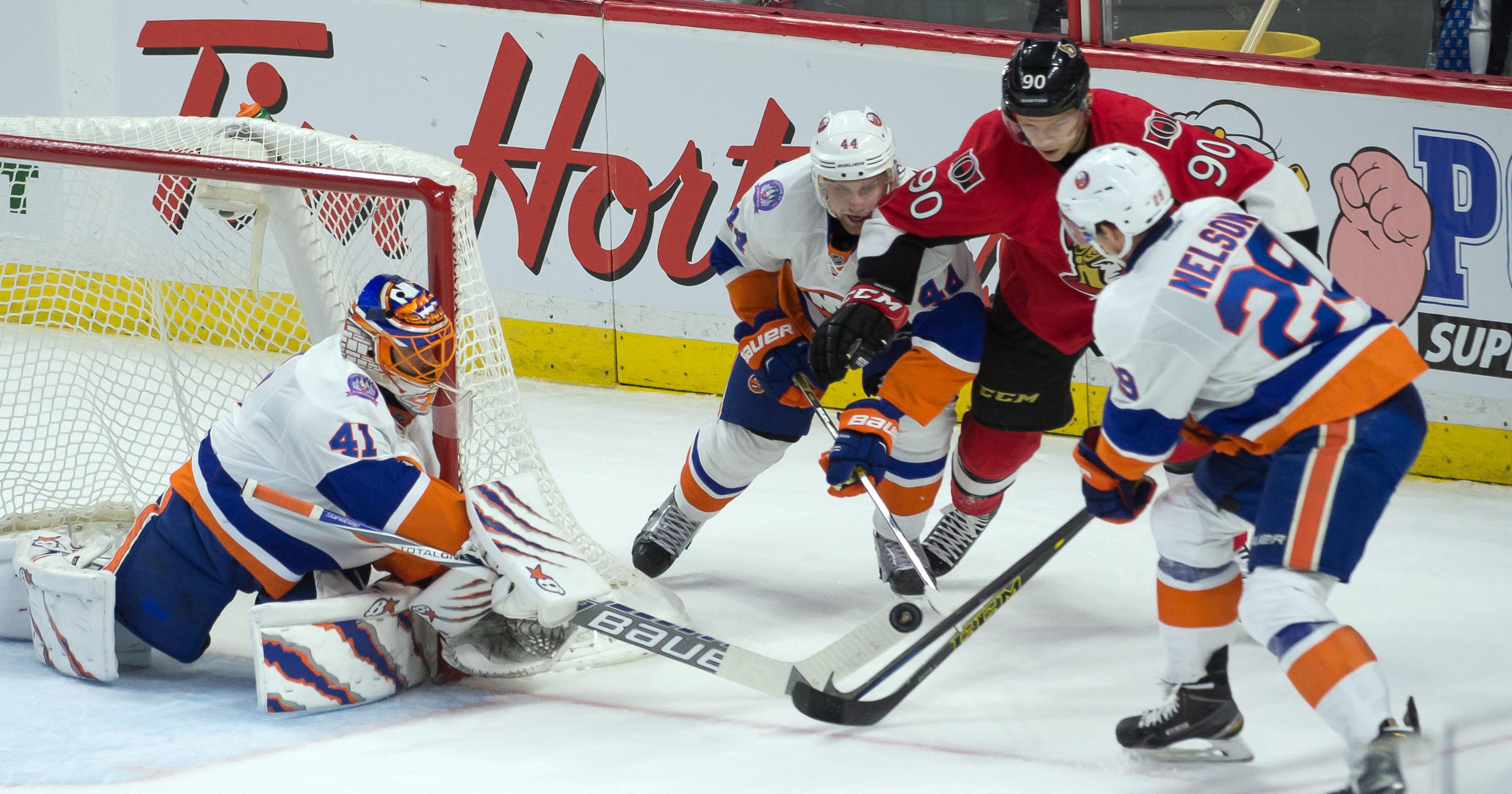 Halak sets Islanders record with 11th straight win 465a847b4