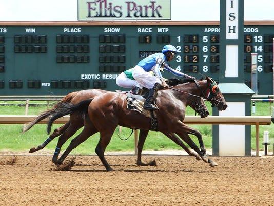 636048873793722928-NATIONAL-GIRL---First-Win-in-USA-for-Jockey-Arturo-Aparicio---07-17-16---R01---ELP---Finish-.jpg