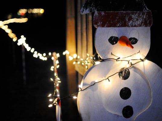 635533023487020263-MAN-n-1207-Sinawa-Christmas-00004-copy