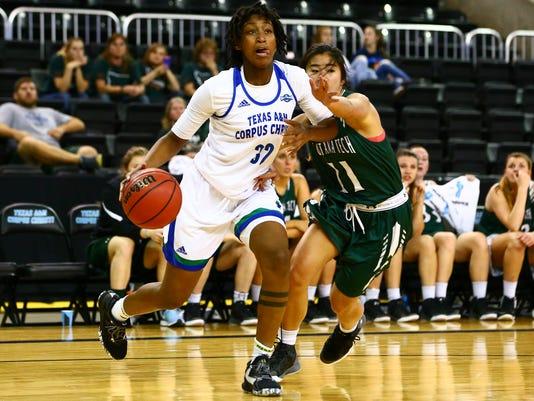 94222968-Islanders-Montana-Tech-women-s-basketball-12.jpg