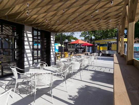 Detroit Fleat, Food Truck Park and Boozery prepares
