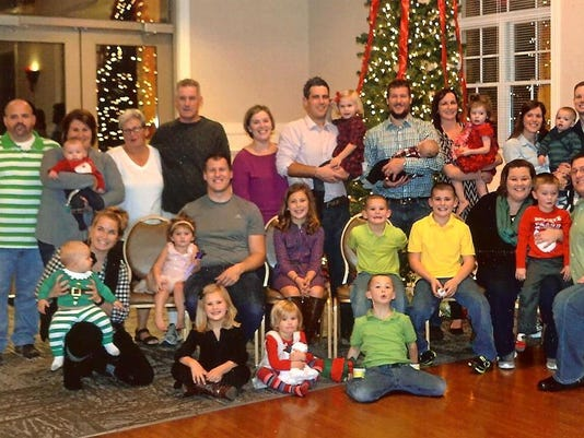636155115346568556-family-picture-001.jpg