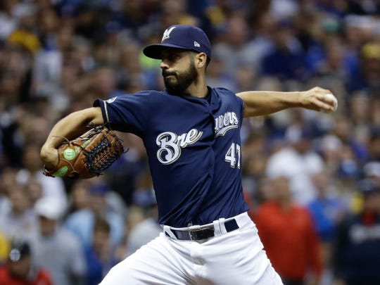 Gio Gonzalez helped the Brewers down the stretch last season.