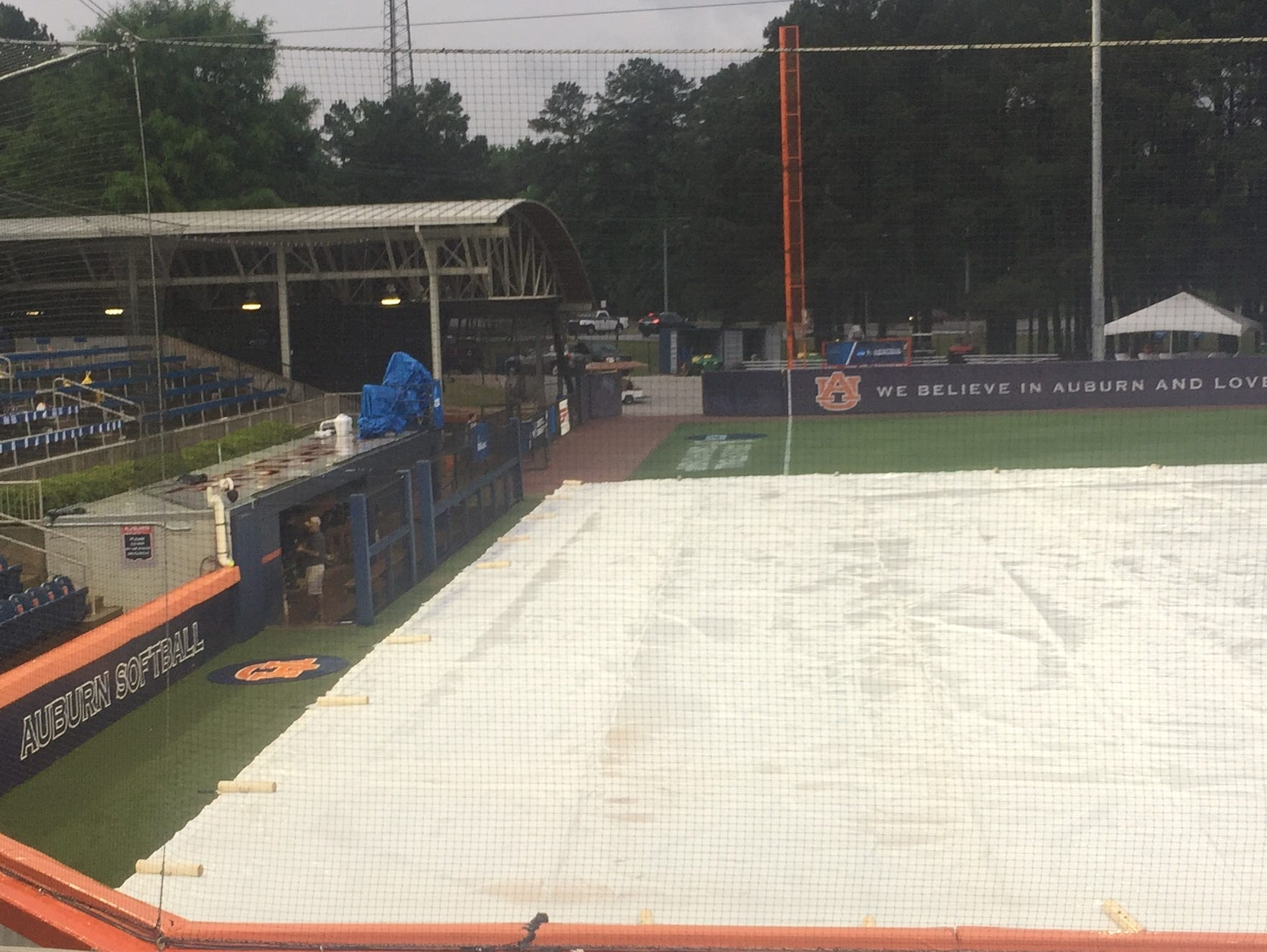 Auburn and Tennessee Tech waited through a two-hour rain delay before Friday's NCAA Regional game.