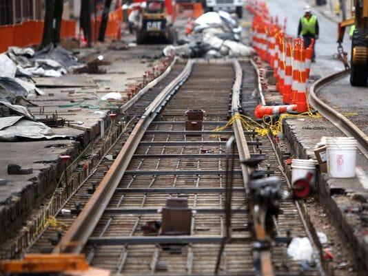 -cincpt12-17-2013enquirer1a01120131216img-streetcartracks.jpg11