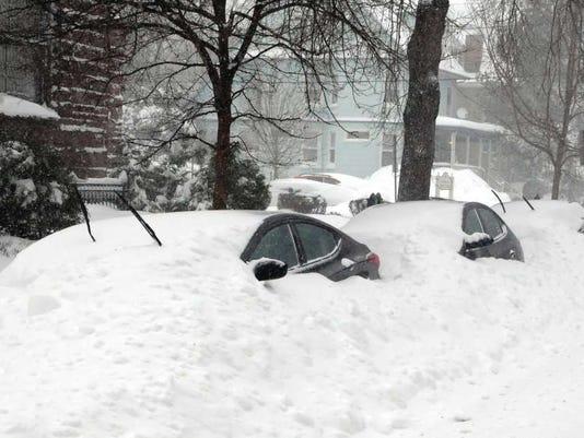 012816-bl-snowcars.jpg